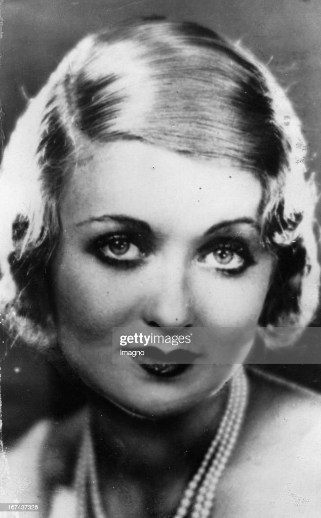 American actress actress Constance Bennett. Photograph. About 1930. (Photo by Imagno/Getty Images) Die amerikanische Schauspielerin Schauspielerin Constance Bennett. Photographie. Um 1930.