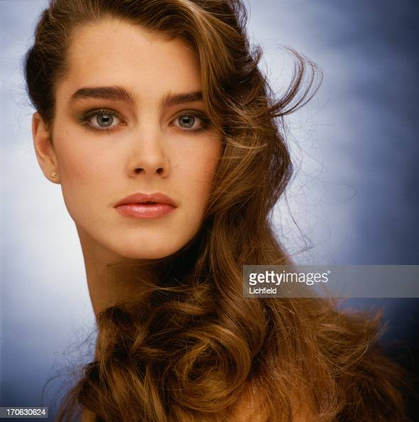 American actress and model Brooke Shields 25th November 1980