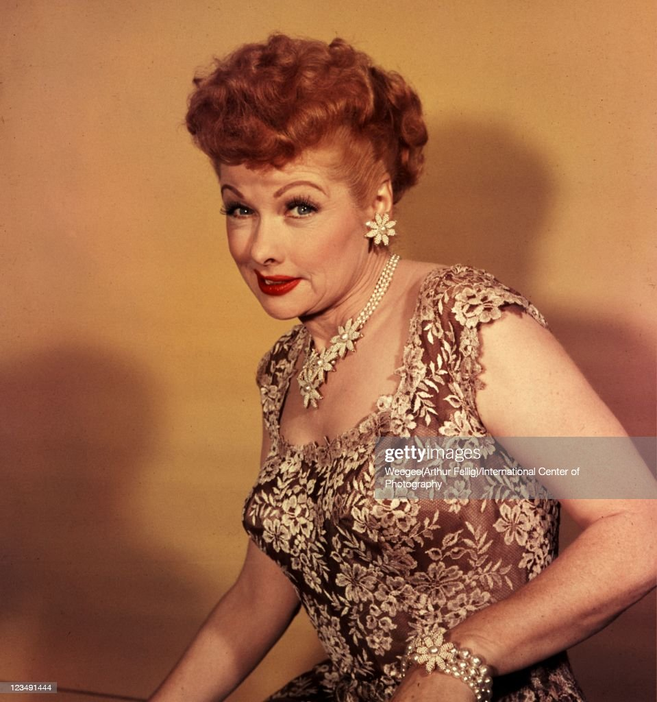 American actress and producer <a gi-track='captionPersonalityLinkClicked' href=/galleries/search?phrase=Lucille+Ball&family=editorial&specificpeople=70020 ng-click='$event.stopPropagation()'>Lucille Ball</a> (1911 - 1989), best known for her starring role in the hit 50s sitcom 'I Love Lucy'. (Photo by Weegee(Arthur Fellig)/International Center of Photography/Getty Images)