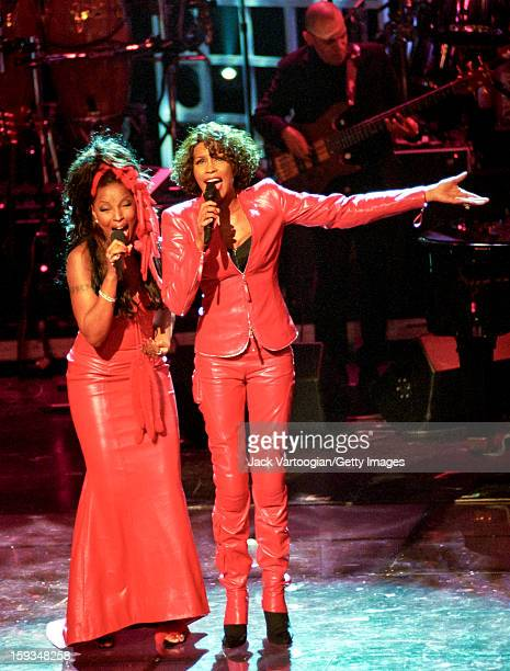 American actress and singer Whitney Houston performs with Mary J Blige during 'Divas LiveAn Honors Concert for VH1 Save the Music' at the Beacon...