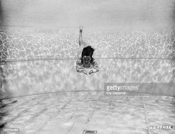 American actress and swimming champion Esther Williams underwater 24th July 1942