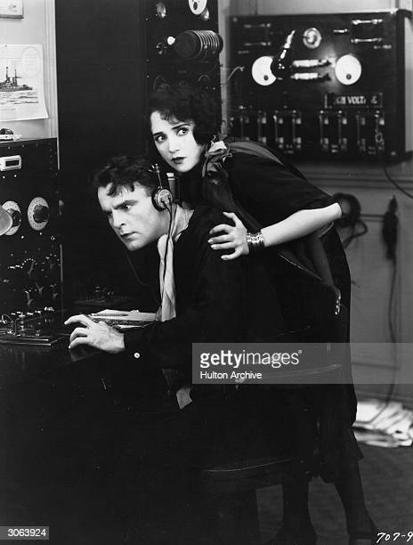 American actress Bebe Daniels stars with Neil Hamilton in the Paramount film 'Hot News' directed by Clarence G Badger