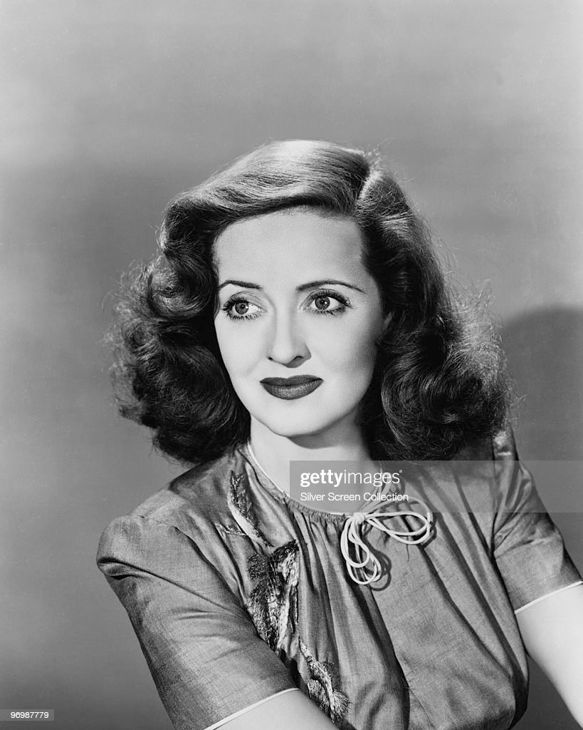 Archive Entertainment On Wire Image: Bette Davis