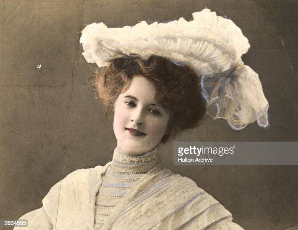 American actress Billie Burke famous for her role as the good witch in 'The Wizard Of Oz' in 1939