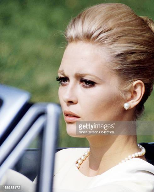 American actress Faye Dunaway as Vicki Anderson in 'The Thomas Crown Affair' directed by Norman Jewison 1968