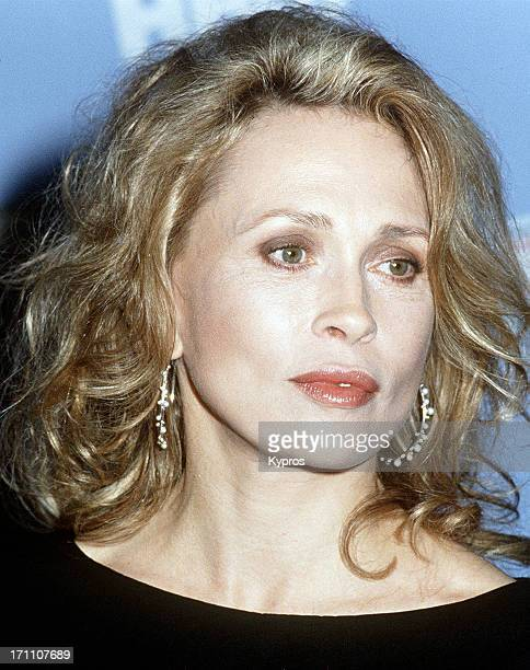 American actress Faye Dunaway at the HBO Comic Relief V to Benefit America's Homeless on May 16th 1992 at the Universal Amphitheatre in Universal...