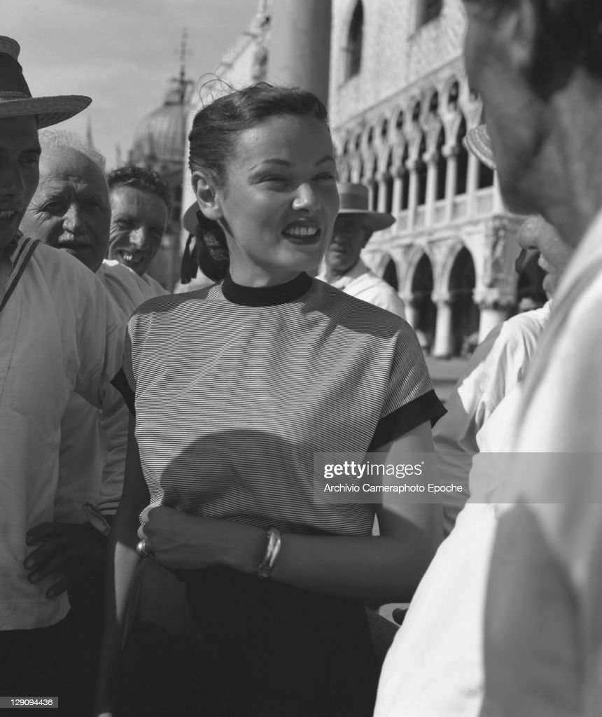 American actress <a gi-track='captionPersonalityLinkClicked' href=/galleries/search?phrase=Gene+Tierney&family=editorial&specificpeople=213598 ng-click='$event.stopPropagation()'>Gene Tierney</a> in Venice, 1951.