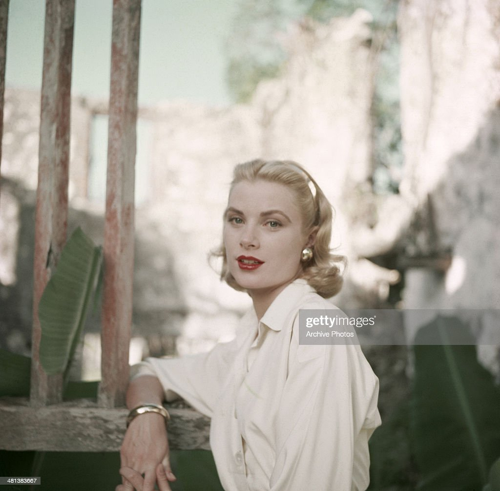 American actress Grace Kelly (1929 - 1982), circa 1955.