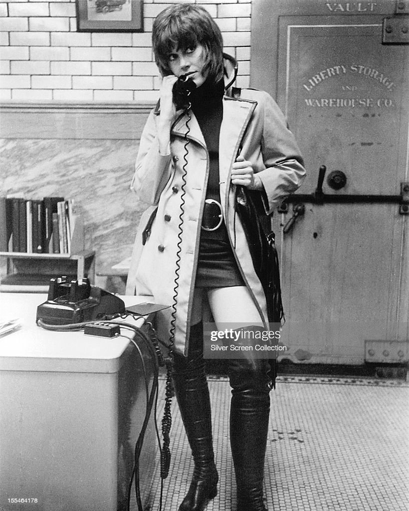 American actress <a gi-track='captionPersonalityLinkClicked' href=/galleries/search?phrase=Jane+Fonda&family=editorial&specificpeople=202174 ng-click='$event.stopPropagation()'>Jane Fonda</a> as Bree Daniels in 'Klute', directed by Alan J Pakula, 1971.