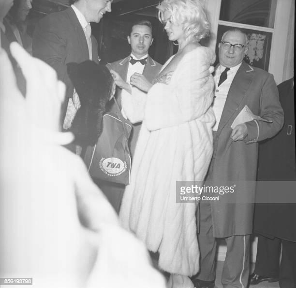 American actress Jayne Mansfield and actor Mickey Hargitay in a restaurant in Via Veneto Rome 1959