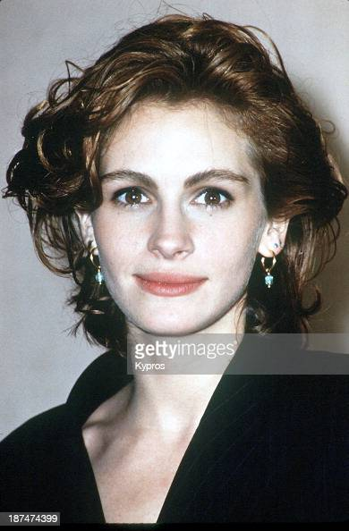 a biography of julia roberts an american actress Julia roberts biography: julia roberts is a popular american actress whose breakout role came in the 1990 film pretty woman as vivian ward she is the younger sister of actor eric roberts.