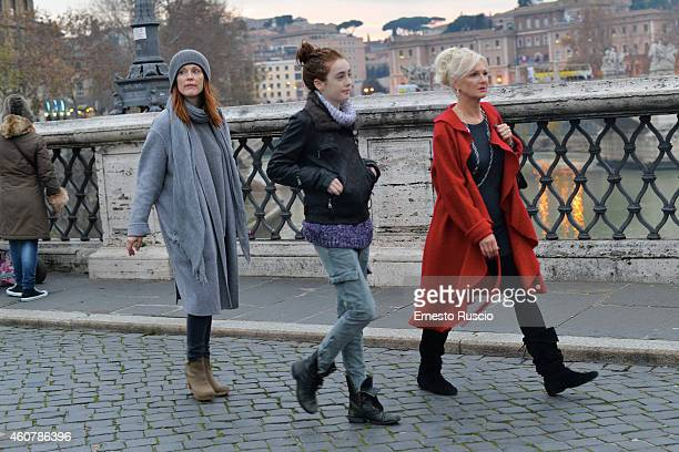 American actress Julianne Moore with her daughter Liv Freundlich are sighted on a Christmas holiday at Castel Sant'Angelo on December 20 2014 in Rome...