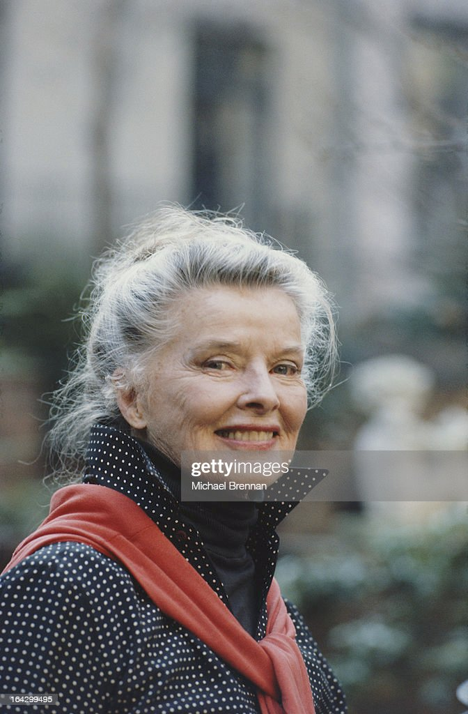 American actress Katharine Hepburn (1907 - 2003) outside her house on East 48th Street in Manhattan, New York City, May 1987.