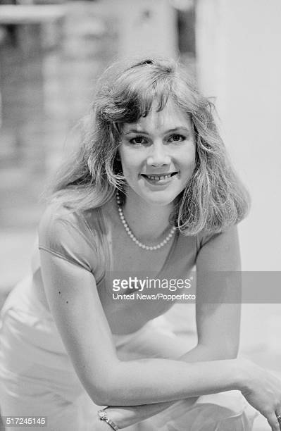 Kathleen Turner Photos et images de collection | Getty Images