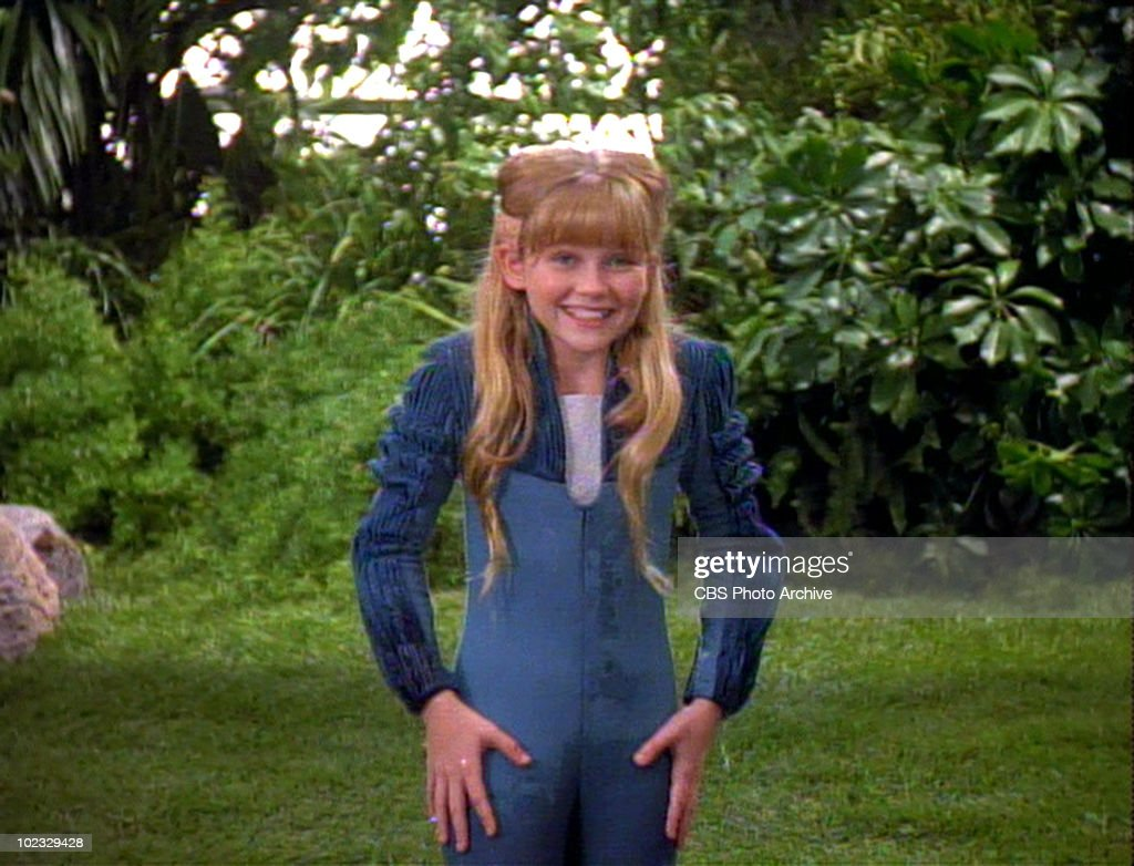 kirsten dunst in star trek the next generation pictures getty american actress kirsten dunst as hedril in a scene from an episode of the