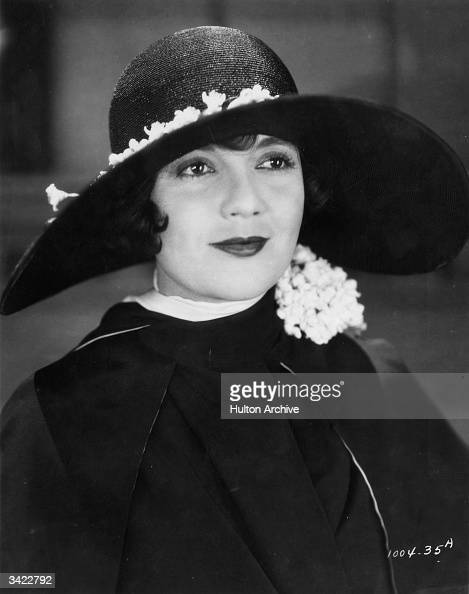 American actress Lois Wilson as she appears in the silent film version of 'The Great Gatsby' based on the novel by F Scott Fitzgerald