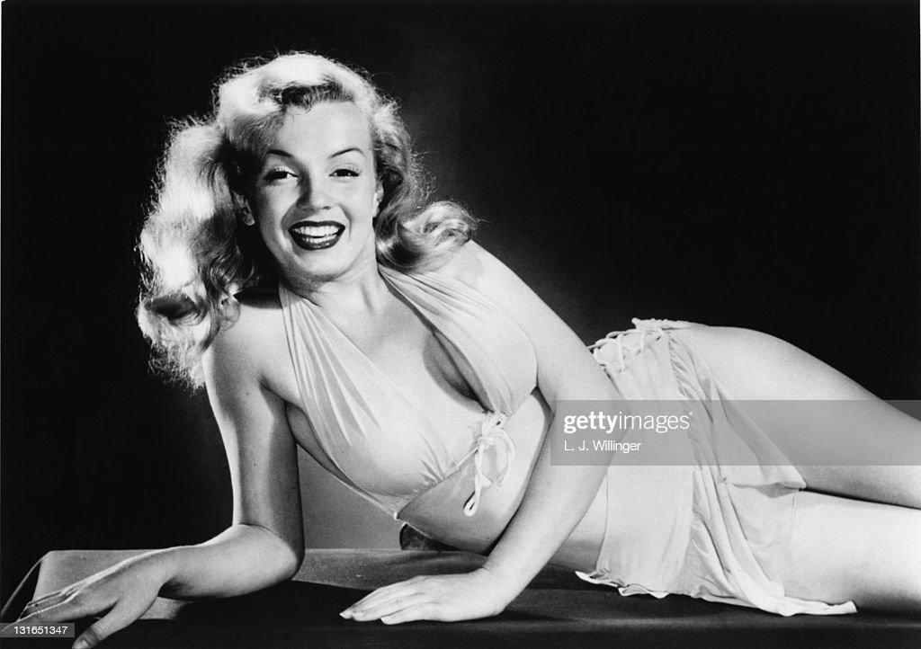 American actress <a gi-track='captionPersonalityLinkClicked' href=/galleries/search?phrase=Marilyn+Monroe&family=editorial&specificpeople=70021 ng-click='$event.stopPropagation()'>Marilyn Monroe</a> (1926 - 1962), circa 1950.