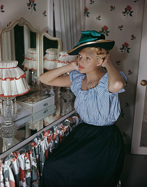 mirror hat rita hayworth pictures getty images
