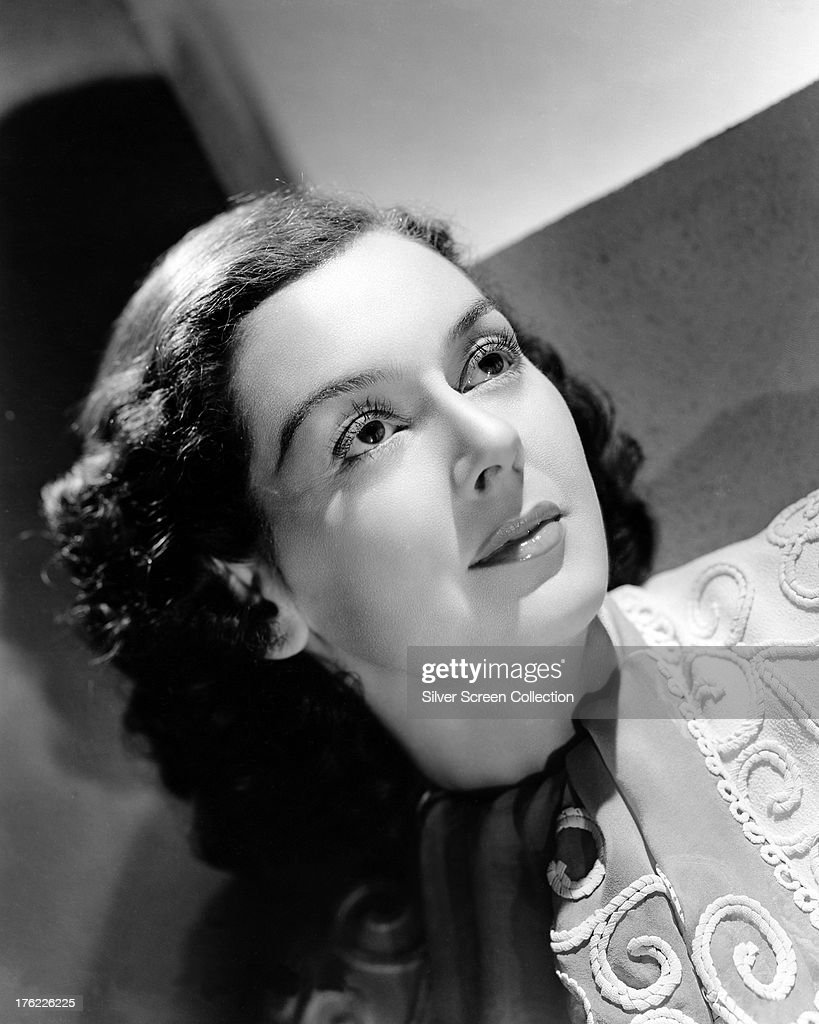 American actress <a gi-track='captionPersonalityLinkClicked' href=/galleries/search?phrase=Rosalind+Russell&family=editorial&specificpeople=206523 ng-click='$event.stopPropagation()'>Rosalind Russell</a> (1907 - 1976), circa 1935.
