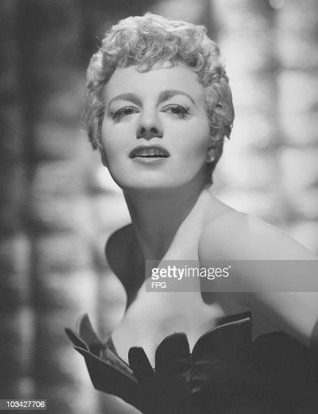 American actress Shelley Winters poses on November 11 1955