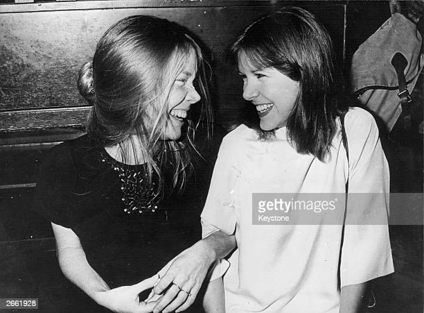 American actress Sissy Spacek with Carrie Fisher at the New York Film Critics Circle dinner at Sardi's in New York Sissy was there to accept the best...