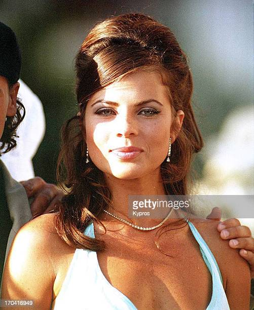 American actress Yasmine Bleeth circa 1990