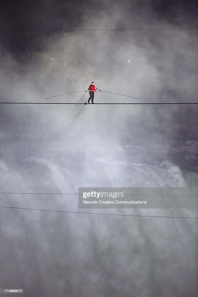 CONTENT] American aerialist Nik Wallenda walks a tightrope across the Horseshoe Falls between Niagara Falls New York and Niagara Falls Ontario Canada...