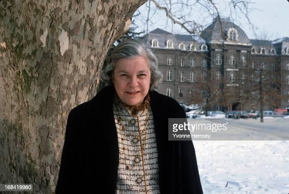 Mary McCarthy (fiction writer)