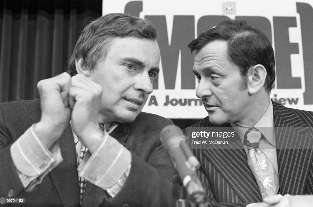 American author <a gi-track='captionPersonalityLinkClicked' href=/galleries/search?phrase=Gore+Vidal&family=editorial&specificpeople=215036 ng-click='$event.stopPropagation()'>Gore Vidal</a> (1925 - 2012) (left) and actor <a gi-track='captionPersonalityLinkClicked' href=/galleries/search?phrase=Tony+Randall+-+Actor&family=editorial&specificpeople=167042 ng-click='$event.stopPropagation()'>Tony Randall</a> (1920 - 2004) talk during a panel discussion entitled 'How They Cover Me' at the A.J. Liebling Counter-Convention, New York, New York, April 23, 1972. The convention, named after noted media critic A.J. Leibling, was arranged in opposition to the American Newspaper Publishers Association convention, which opened on the same day.