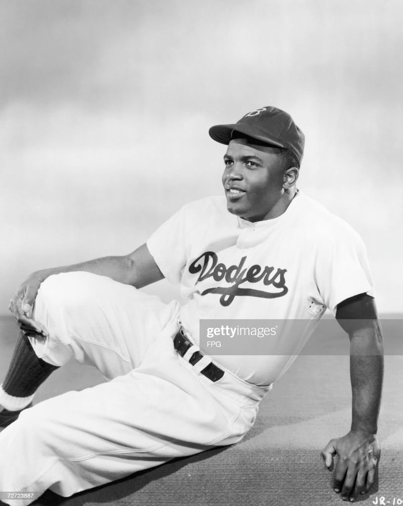a biography of jackie robinson a baseball player Jackie robinson characterization fact/opinion analyze context clues 1 when a truly outstanding baseball player decides his career is over, one way family when jackie was young robinson, his mother, and his siblings relocated to pasadena.
