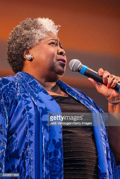 Dorothy Moore Stock Photos And Pictures