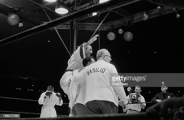 American boxer Carmen Basilio in the ring at his World Middleweight title rematch against Sugar Ray Robinson at Chicago Stadium 25th March 1958...