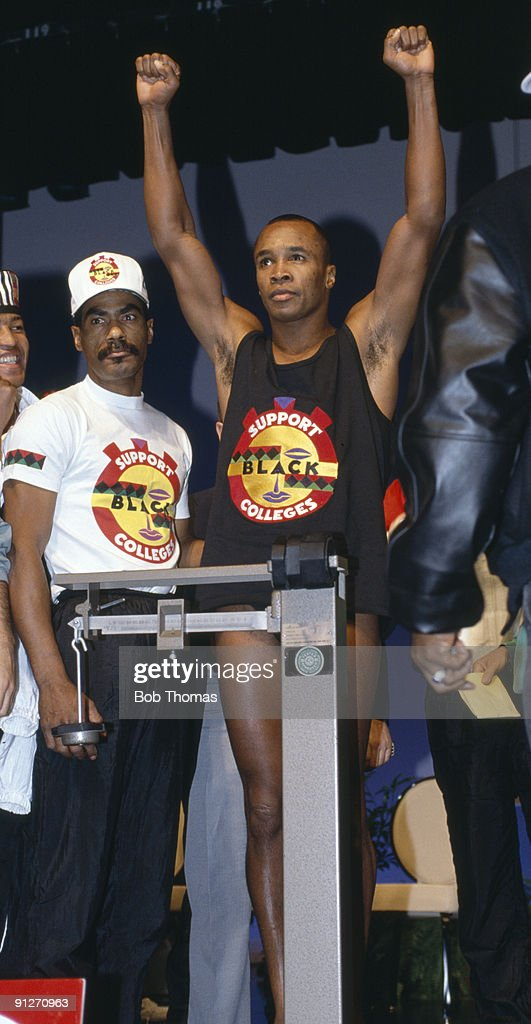 American boxer Sugar Ray Leonard at the weighin for his WBC super middleweight title fight against Roberto Duran in Las Vegas 8th December 1989