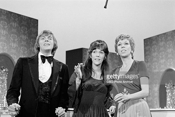 American brother and sister musicians The Carpenters Richard and Karen Carpenter appear with commedienne and actress Carol Burnett on an episode of...