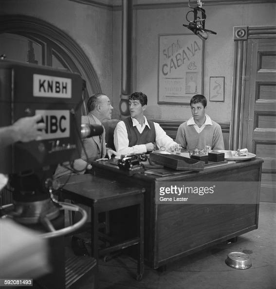 """american tv comedy essay Creation: in american television history, a sitcom """"friends"""" was added by david  crane and marta kauffman, which initially aired on nbc from."""