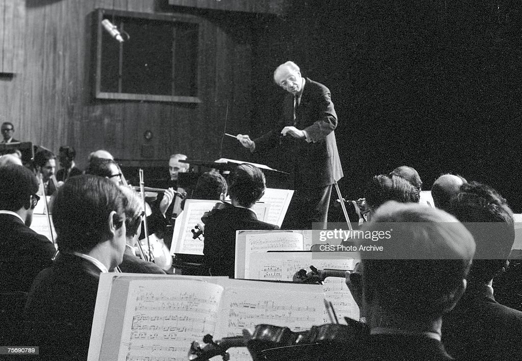 a biography of aaron copland an american composer and conductor Biography early life and education nadia boulanger was born in paris on 16 september 1887, to french composer and pianist ernest boulanger (1815–1900) and his wife.