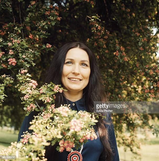 American country music singersongwriter Loretta Lynn 1970