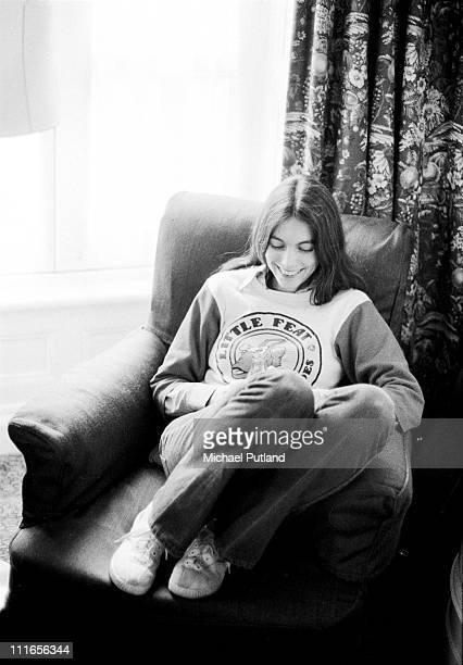 American country singer and musician Emmylou Harris in London 1975