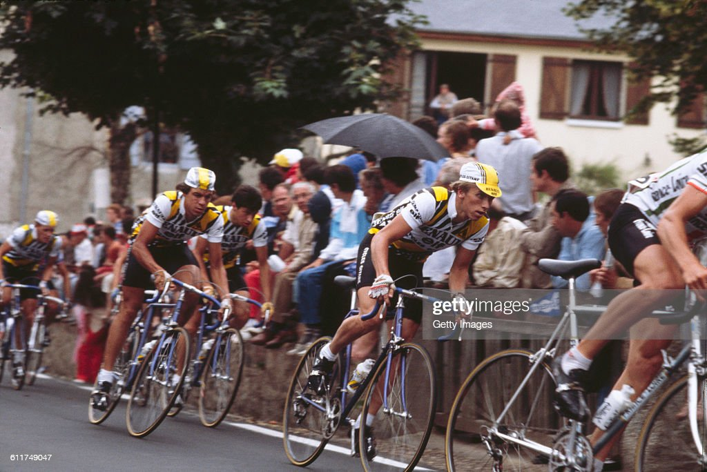 American cyclist <a gi-track='captionPersonalityLinkClicked' href=/galleries/search?phrase=Greg+LeMond&family=editorial&specificpeople=504953 ng-click='$event.stopPropagation()'>Greg LeMond</a> (second from right) competing in the Critérium de Château-Chinon road race, Château-Chinon, Nièvre, France, circa 1982.