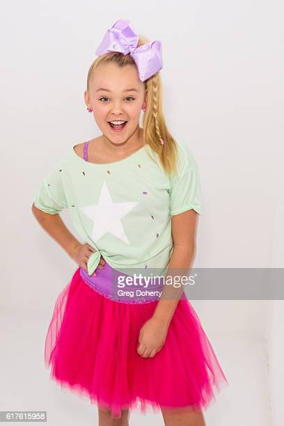 American dancer television personality actress and model JoJo Siwa arrives for the Elizabeth Glaser Pediatric AIDS Foundation's 27th Annual A Time...