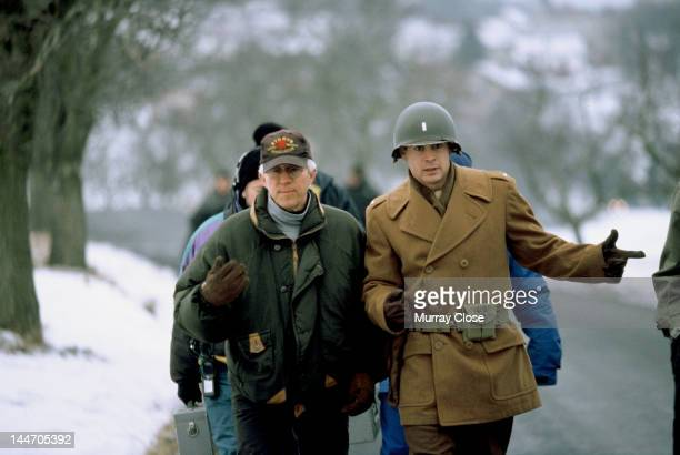 American director Gregory Hoblit with actor Colin Farrell on the set of their film 'Hart's War' 2002