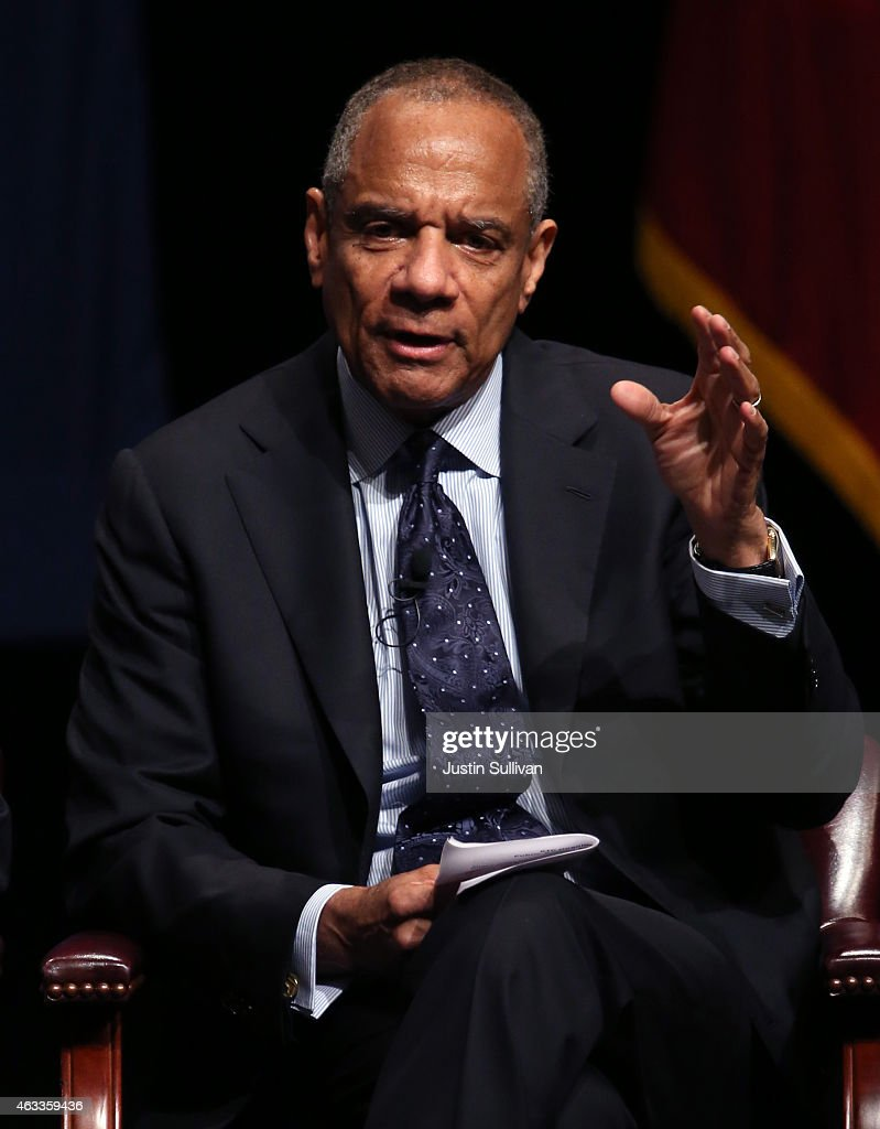American Express chairman and CEO Kenneth Chenault speaks during the White House Summit on Cybersecurity and Consumer Protection on February 13, 2015 in Stanford, California. U.S. President Barack Obama joined corporate CEOs to speak about the imporatance of cybersecurity during the White House Summit on Cybersecurity and Consumer Protection.