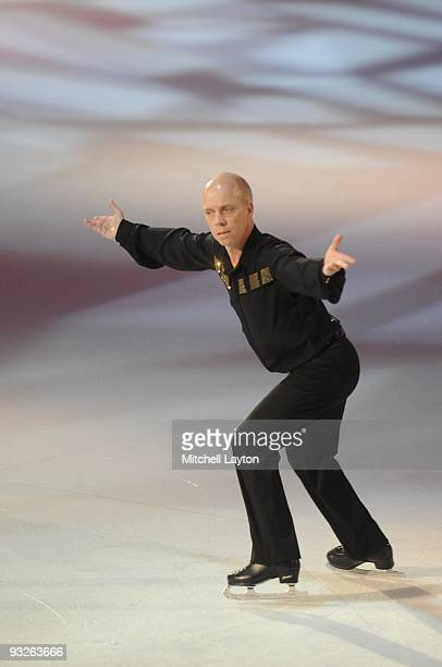 American figure skater Scott Hamilton performs during Kaleidoscope a show being taped for FOX television on November 16 2007 at the Verizon Center in...