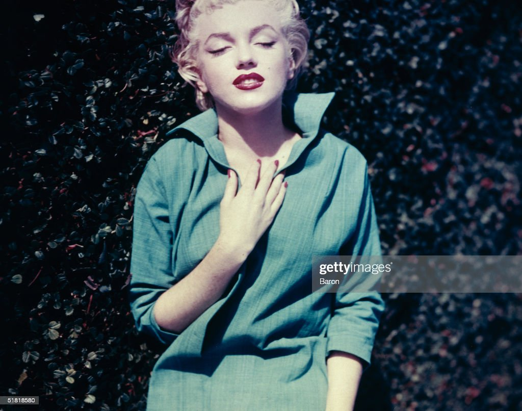 Marilyn monroe getty images for Marilyn monroe palm springs home