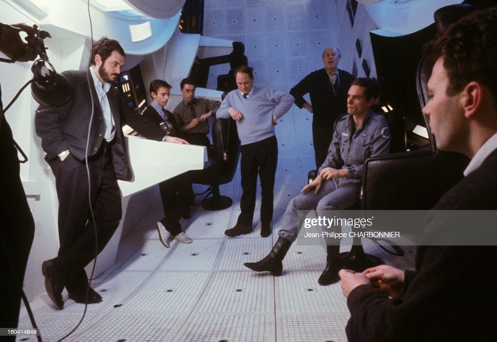 American film director Stanley Kubrick with movie team and actor Keir Dullea on the set of the movie '2001: A Space Odyssey', 1968 in United Kingdon.
