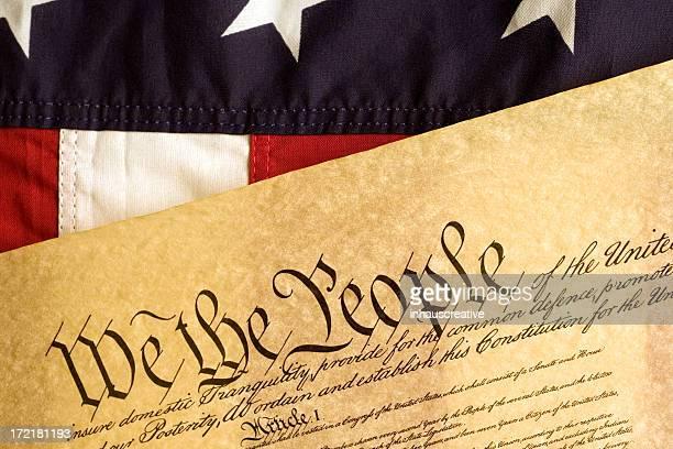 Amerikanische Flagge und Erklärung der Independance