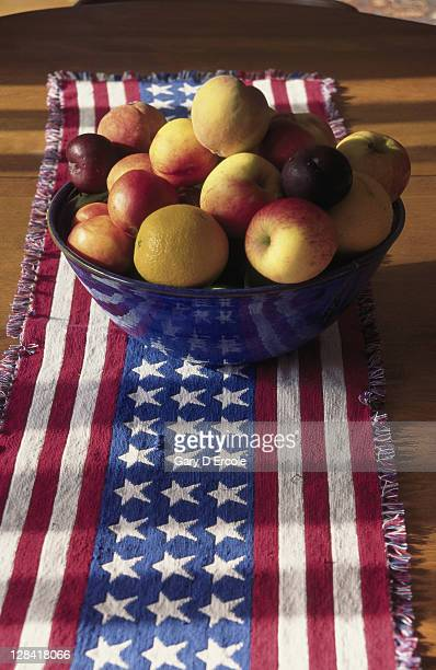 american flag table runner with bowl of fruit