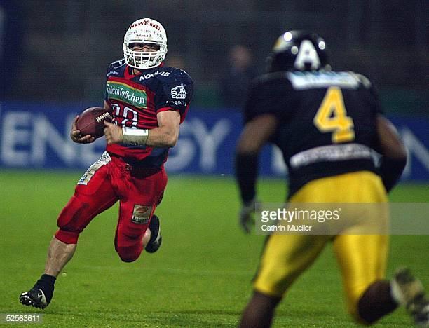 American Football German Bowl 2004 Braunschweig Braunschweig Lions Berlin Adler 710 Kim KUCI / Lions Wallace CLAY / Adler 091004