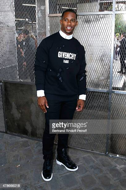 American Football Player Victor Cruz attends the Givenchy Menswear Spring/Summer 2016 show as part of Paris Fashion Week on June 26 2015 in Paris...