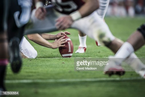 American football players readying to kick ball. : Foto de stock